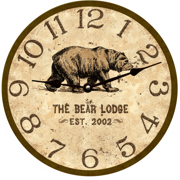 personalized-bear-lodge-clock